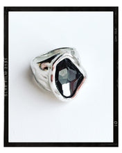 Load image into Gallery viewer, Silver Irregular Oval Glass Stone Ring - Grey