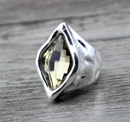 Silver Diamond Stone Glass Ring - Light Honey