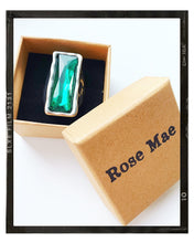 Load image into Gallery viewer, Silver Glass stone Ring - Emerald Oblong