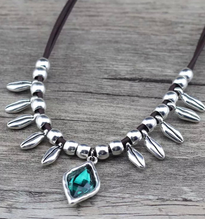 Boho Silver/Leather Necklace - Green