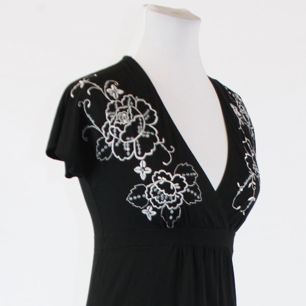 Black white floral embroidered cotton blend ANN TAYLOR LOFT shortsleeve blouse P