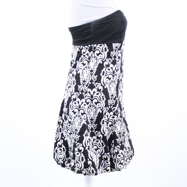 Black white geometric cotton blend WHITE HOUSE BLACK MARKET bubble dress 2