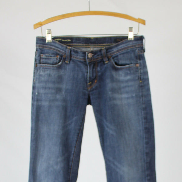 Medium wash cotton blend denim Y2 JEANS flare leg low-rise stretch jeans 28 6-Newish