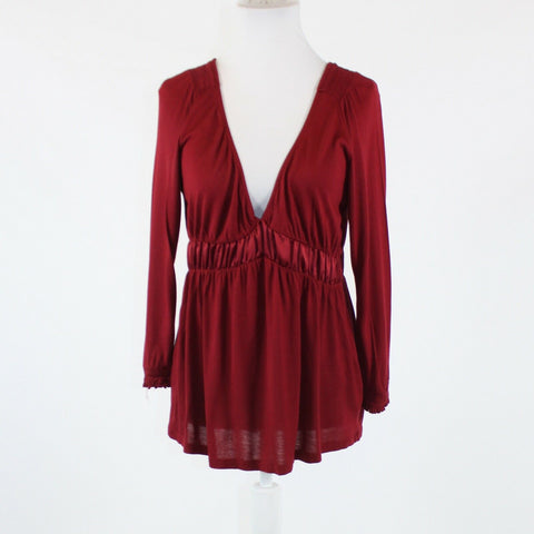 Maroon red stretch THE LIMITED 3/4 sleeve V-neck satin waist blouse M