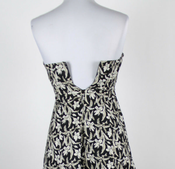 WHITE HOUSE BLACK MARKET black white gray floral strapless knee-length dress 4-Newish