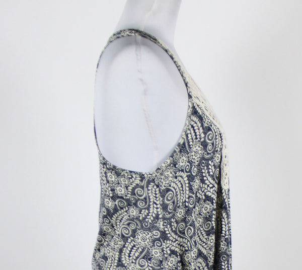 ATMOSPHERE navy blue ivory geometric rayon racerback embroidered trim blouse 8-Newish