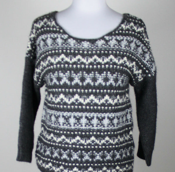 ANN TAYLOR LOFT gray white geometric wool alpaca 3/4 sleeve scoopneck sweater S-Newish