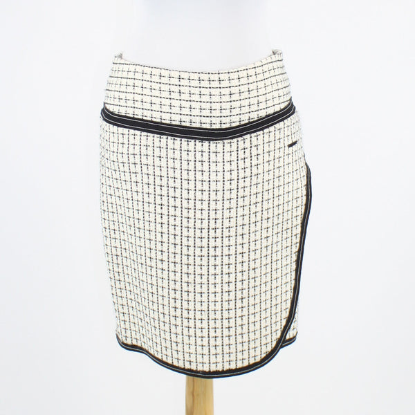 White black ivory plaid TRUE MEANING straight black trim knee-length skirt 6-Newish