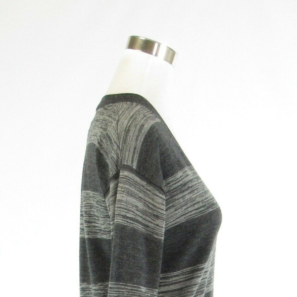 Gray striped SPLENDID long sleeve V-neck sweater S-Newish