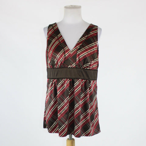 Dark brown ivory and red plaid NEW YORK and COMPANY sleeveless V-neck blouse 12