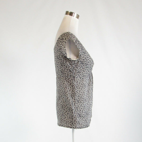 Gray white polka dot 100% cotton J. CREW knotted chest cap sleeve blouse 2