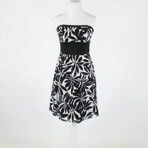 Black white floral print 100% cotton WHITE HOUSE BLACK MARKET strapless dress 4
