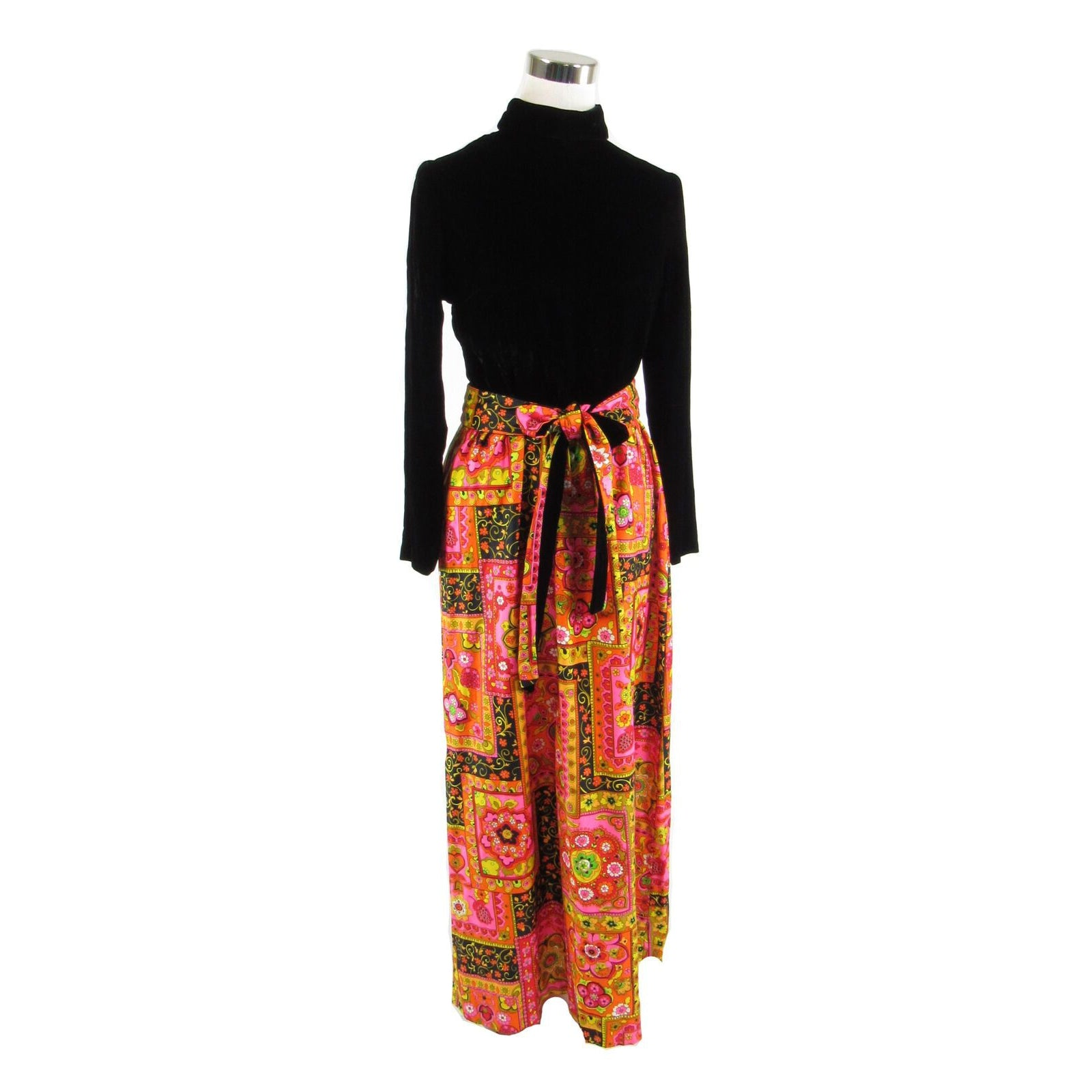 Black orange geometric long sleeve vintage maxi dress S