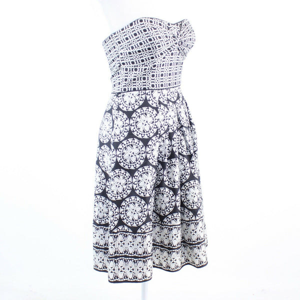 Black white geometric 100% silk WHITE HOUSE BLACK MARKET A-line dress 2