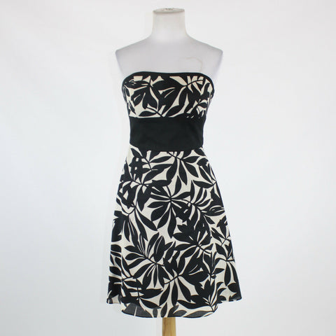 Black and white floral 100% cotton WHITE HOUSE BLACK MARKET strapless dress 2