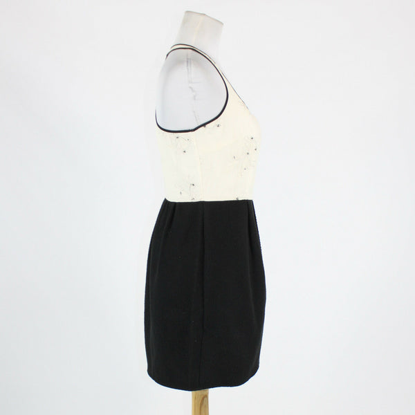White black geometric KENAR embroidered sequin bodice ribbed knit skirt dress 6-Newish