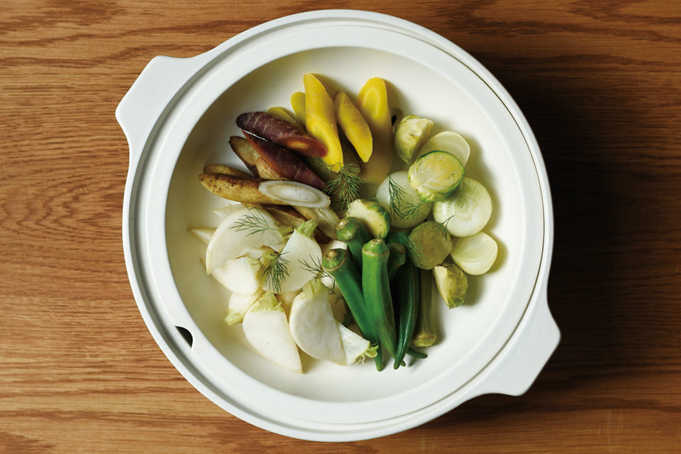 Steamed vegetables using KAKOMI IH donabe