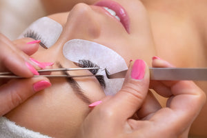 Lash Lift Versus Lash Extensions: What's the Difference?