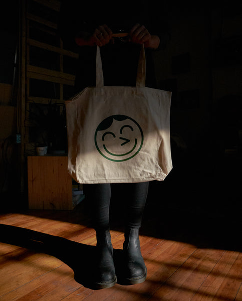 tote bag person personne debout sac réutilisable