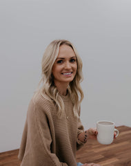 Woash Wellness, Founder Cassy Vantriet created a brand to offer holistically designed loose leaf tea blends with specific health benefits for a variety of daily needs