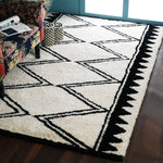 Black and white, Chevron Pattern, Woollen PEQURA Rug
