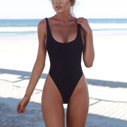 One-Piece Swimwear With Chest Pad