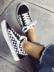 Plaid Printed Round Toe Lace Up Flat Sneakers