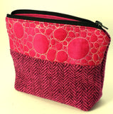 Small hot fuschia pink project bag.
