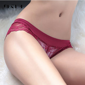 Comfortable Mid-Rise Lace Panties