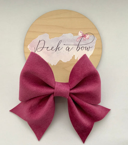 Pink sharon bow