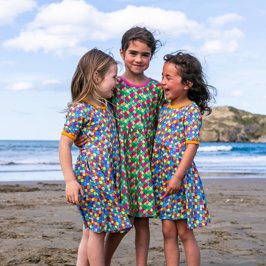Rainbow scales - Blue light | Twirl dress