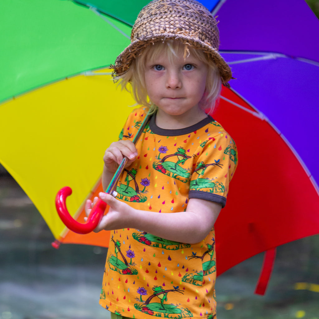 Rupert in the Rainbow Rain || Short Sleeve tee