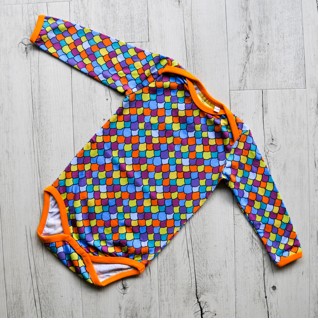 Rainbow scales | Baby bodysuit
