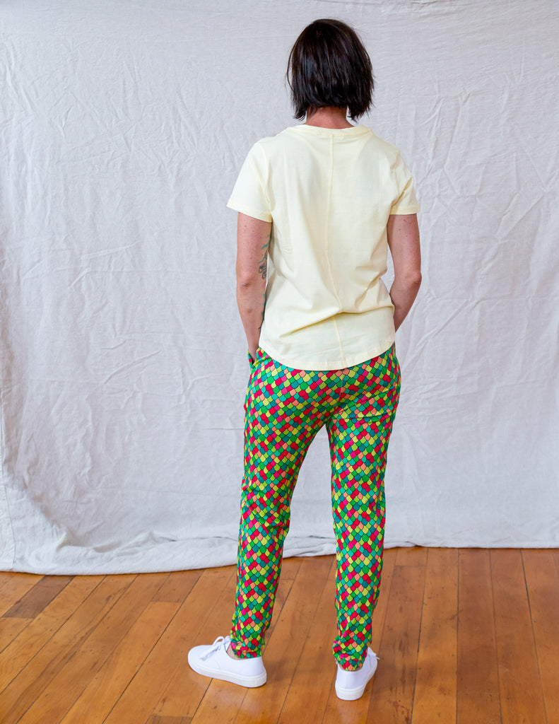 Rainbow Scales Pink Cosmos | Soft pant