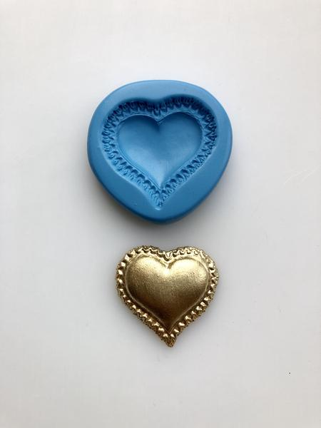 Pillow Heart Mould