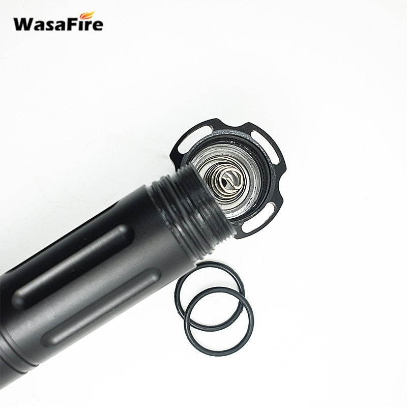 Professional Waterproof Led Diving Flashlight