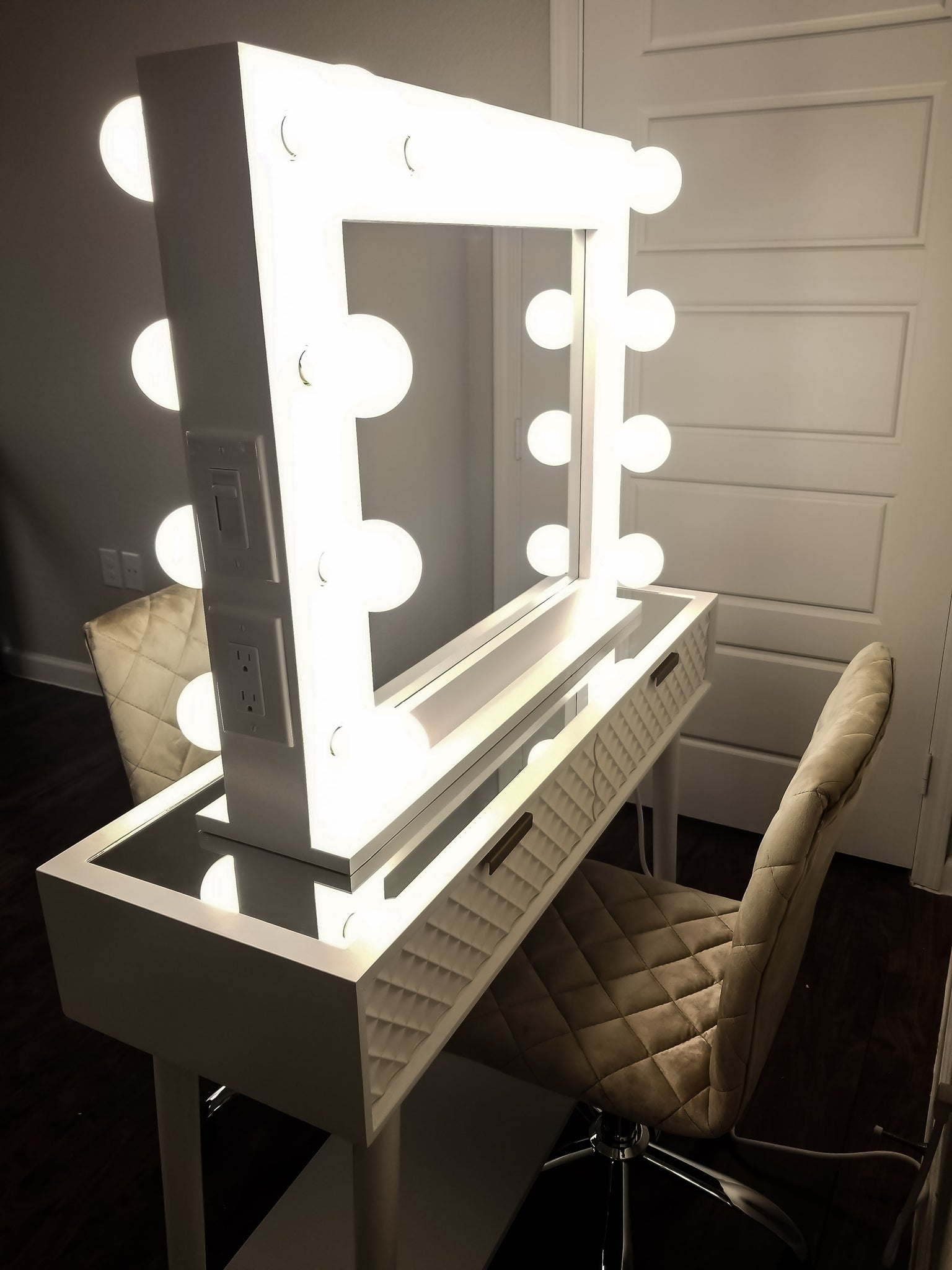 Small Double Sided Hollywood Style Vanity Mirror Glo Vanity Co