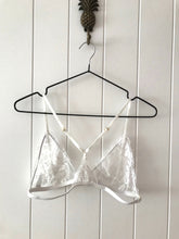 Load image into Gallery viewer, Romee bralette | WHITE