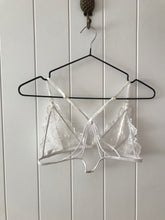 Load image into Gallery viewer, Zaylee bralette | WHITE