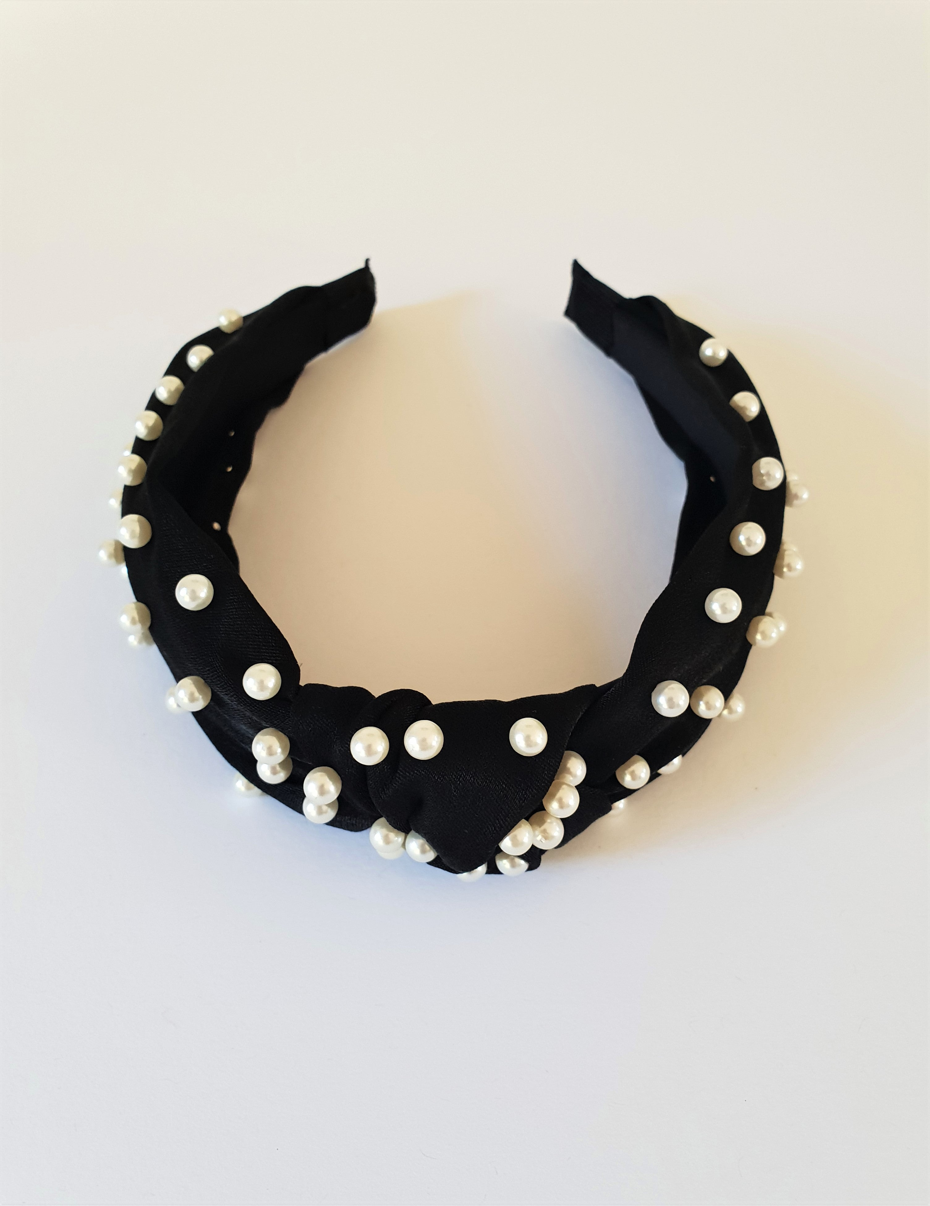 BLACK KNOTTED PEARL ALICE BAND