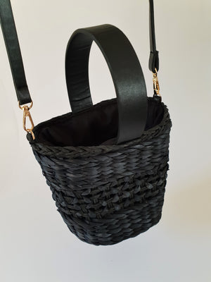 BLACK RAFFIA BASKET BAG