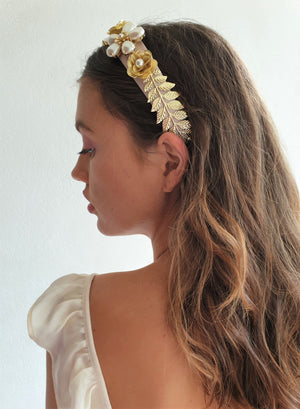 THE SLOANE FLORAL HAIR BAND