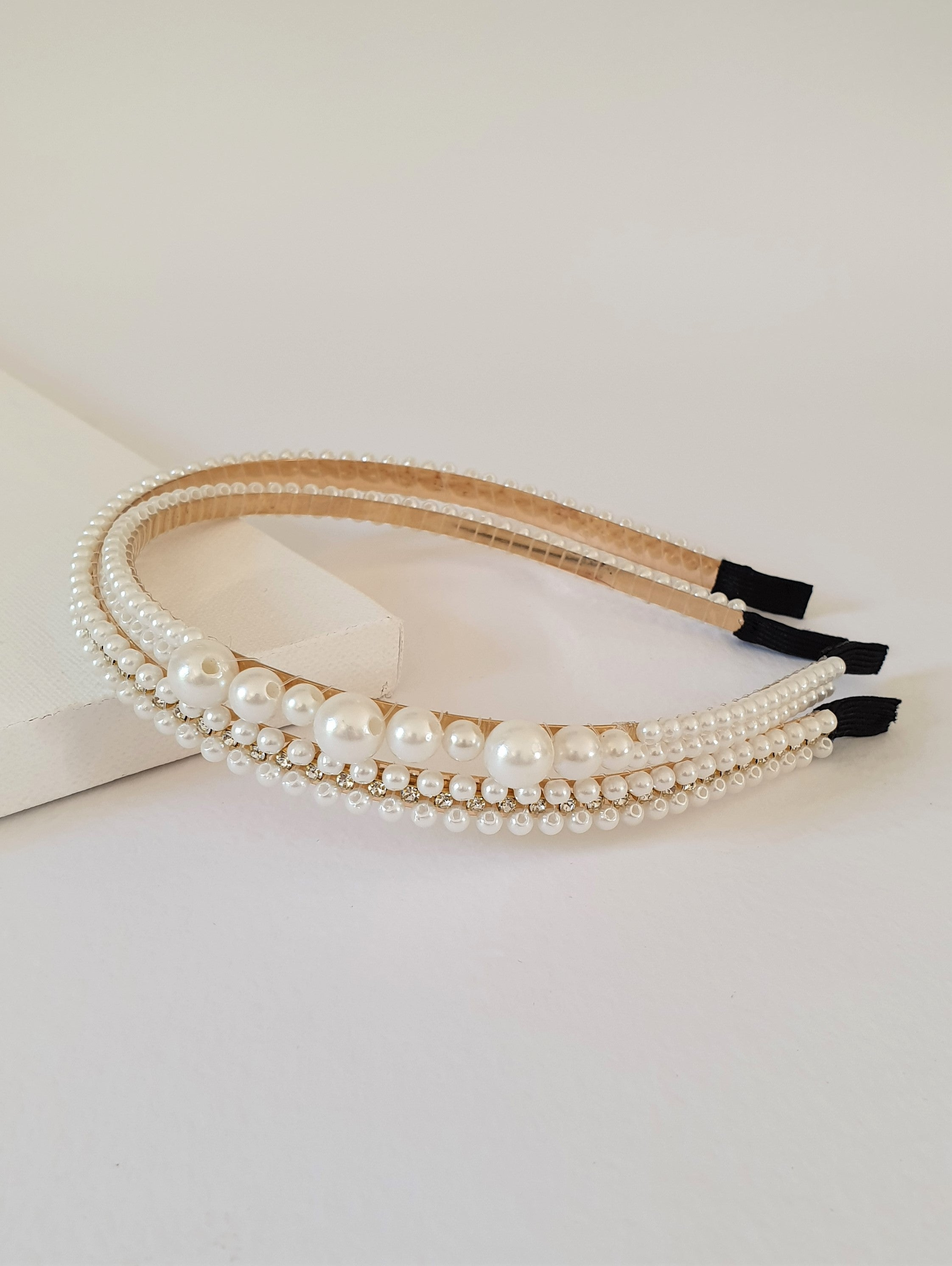 THE RITA PEARL HAIR BAND SET