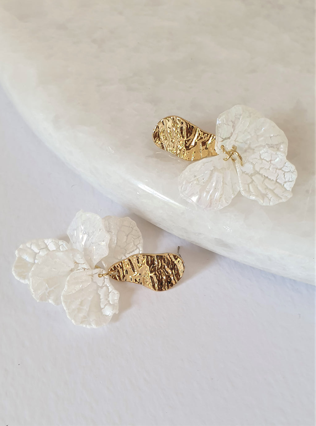 THE NADIA GOLD-PLATED FLORAL EARRINGS