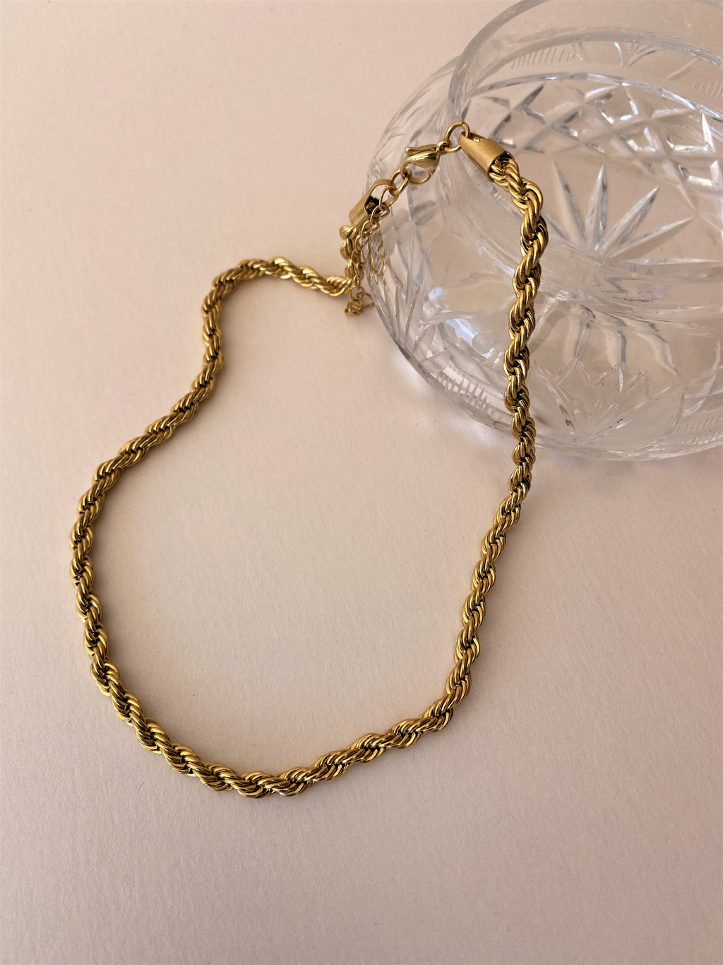 THE ANNIE GOLD-PLATED TWISTED CHOKER