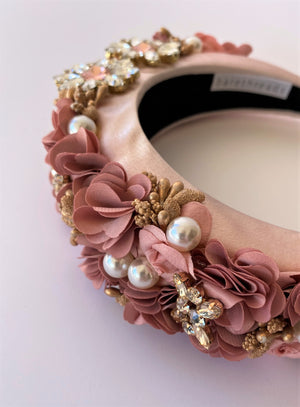 THE DAHLIA FLORAL ENCRUSTED BAND