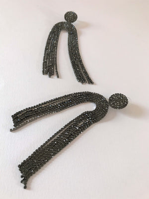 THE CHICAGO EARRINGS - GUNMETAL