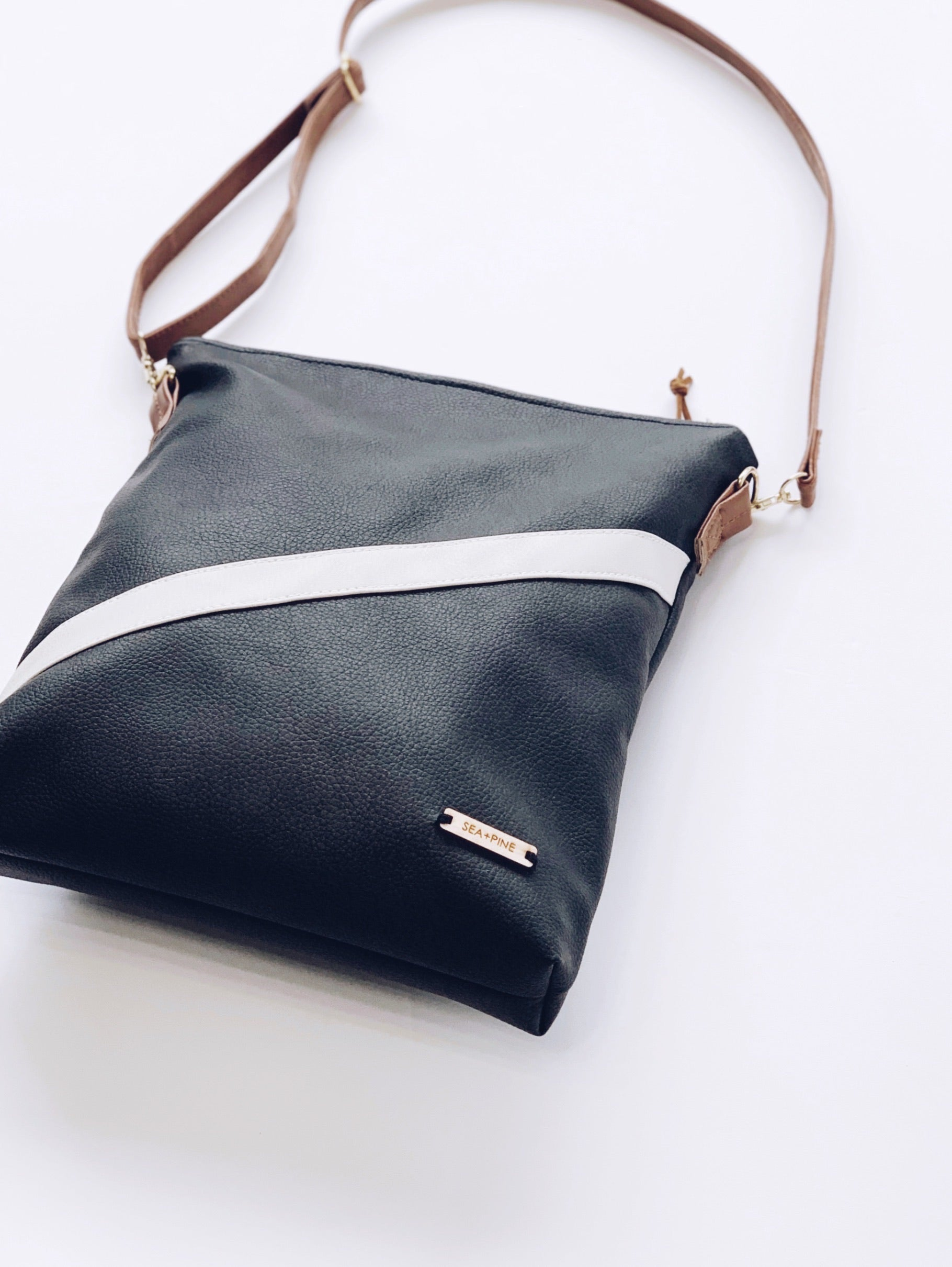 Eclipse Crossbody | 2 in 1