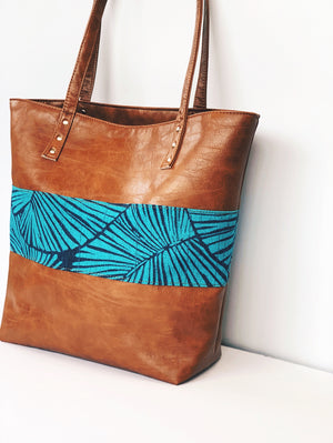 Lahaina 2 in 1 Signature Tote + Zip Pouch Matching Set