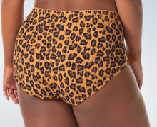Load image into Gallery viewer, Comfort Fresh Cooling Briefs 5800 - Leopard